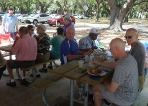 Lunch-at-SAGE-Annual-Picnic